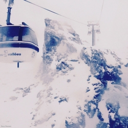 Meribel-Ski-lift-