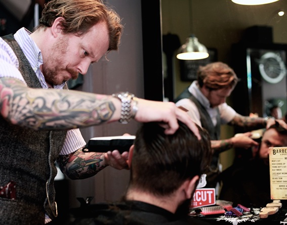 Cutting Hair in at Barberton Worcester
