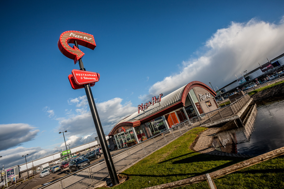 Pizza Hut At Kingsway Retail Park Dundee Ross Vincent